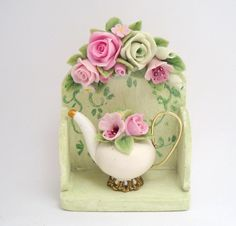 1/12 scale PALE GREEN FLORAL SHELF WITH MATCHING TEAPOT by 64tnt