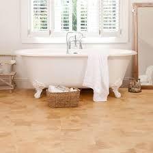 kurco Natural Flooring - Home Een kurkvloer in de badkamer... ongekende luxe