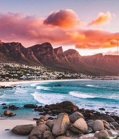 Sea & sun : Fais comme Eric et tag nous sur tes plus belles photos voyage . Cool Places To Visit, Places To Travel, Places To Go, Cape Town Photography, Nature Photography, Voyager Malin, Photo Voyage, Garden Route, Cape Town South Africa
