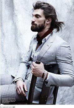 Coque Masculino Top Knot: Cabelo Grande Masculino Penteado Coque Masculino Samurai ou Man Bun