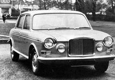 This later prototype used the bodyshell of the Australian Austin The car looks unchacteristically handsome, especially considering its rather mixed parentage. Jaguar, Vintage Cars, Antique Cars, Princess Car, Austin Cars, Rolls Royce, Old Cars, Concept Cars, Super Cars
