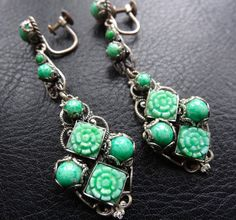 vintage art deco peking green glass flower filigree dangle earrings -C575