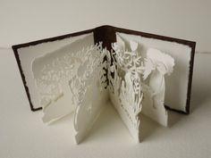 Rachel's Garden I Miniature Artist Book por rachelscabinet en Etsy Kirigami, Paper Cutting, Cut Paper, Tunnel Book, Papier Diy, Accordion Book, Paper Magic, Paper Book, Book Projects
