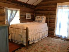 Beautiful Old Log Cabin in Green Mountain... - VRBO