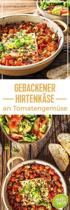 Rezept: Gebackener Hirtenkäse an Tomatengemüse, dazu Knoblauchfladenbrot und ein frischer Salat. Einfache & vegetarische griechische Küche auf Deinem Teller. In 30 Minuten im Ofen zubereitet. Perfekt für den Sommer. Kochen / Essen / Ernährung / Lecker / Kochbox / Zutaten / Gesund / Schnell / Frühling / Einfach / DIY / Küche / Gericht / Griechenland #hellofreshde #kochen #essen #zubereiten #zutaten #diy #rezept #kochbox #ernährung #lecker #gesund #griechisch #hirtenkäse #ofenkäse #veggie
