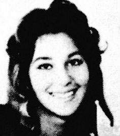 Cher Cher looks like quite a charming young woman don't you think? Love the smile! Celebrity Yearbook Photos, Yearbook Pictures, Celebrity Pictures, Funny Pictures, Michael Bolton, Demi Moore, Catherine Deneuve, Meryl Streep, Shakira