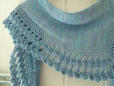 atalanta sideways by Åsa Tricosa, multiple weight yarn, 400-800 yards