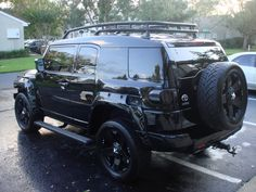 Blacked out FJ Cruiser.