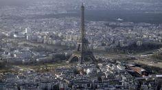 La tour Eiffel fermée après l'intrusion d'un inconnu Check more at http://info.webissimo.biz/la-tour-eiffel-fermee-apres-lintrusion-dun-inconnu/