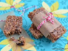 Get energized by healthy superfoods like quinoa, chia, flax, almonds and blue berries with this recipe for homemade protein power bars!