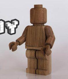 Un minifig Lego en bois, écologique et geek !