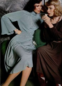 Givenchy, Is this the work of Guy Bourdin?Givenchy, Is this the work of Guy Bourdin? Seventies Fashion, 70s Fashion, Fashion History, Vintage Fashion, Womens Fashion, Vintage Outfits, Vintage Dresses, Costume Année 70, Vintage Mode
