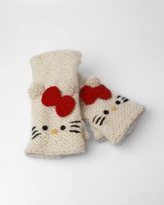 Hello Kitty Knit Handwarmers - White
