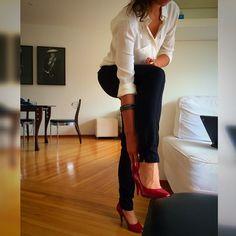 #execudivas #vamoslindas #red #ootd #heels #workoutfit #getowork #style #fashion