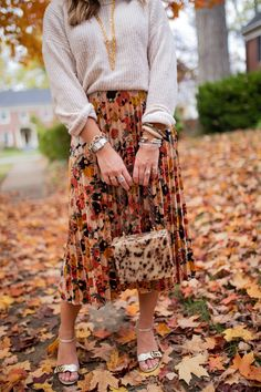 How to Style a Midi Skirt for Fall / Glitter & Gingham / Ft. American Eagle, Anthropologie, Gucci, Asos
