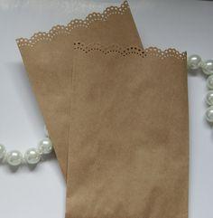 Kraft doily lace favor bags