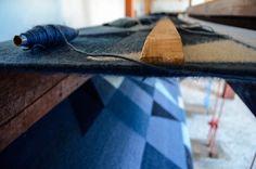 Detalles de nuestro proceso de tejido. Tapete de la colección Papiroflexia │Woven process details from our Papiroflexia collection  www.biyuu.mx