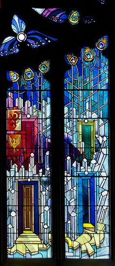 https://flic.kr/p/8rLxbU | 'New' stained glass at St Michael's Parish Church | This stained glass window is in St. Katherine's Aisle of St. Michael's Parish Church in Linlithgow. It was installed in 1992 to mark the 750th anniversary of the consecration of St Michael's. Scottish artist Crear McCartney design and executed the window.