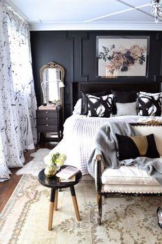 Fabulous black walls master bedroom | Daily Dream Decor