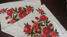 """Vintage Terry Cloth Floral Printed Tablecloth 49"""" x 46"""" Red Pink Coral MCM"""