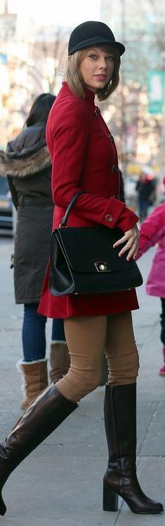 Taylor Swift: Coat – Rachel Zoe  Purse – Cuore & Pelle  shoes – & Other Stories