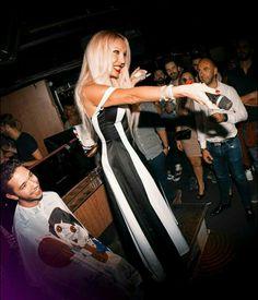"""CHRISTINA RAPADO - Concierto en """"CUENCA CLUB"""" (Madrid/2016). http://www.christinarapado.com"""