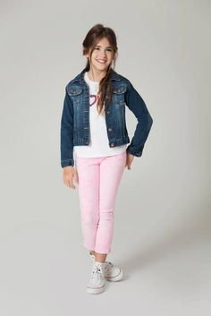 Pretty school outfit for little girls