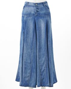 Long denim skirt. (I wonder if it would work to sew a bunch of jeans together, like the legs of the pants, and make a skirt like this... :)