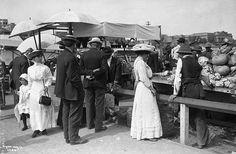 Shoppers in open air market, Market Square, Edmonton, Alberta, c. 1910s. #Canada #Edwardian #shopping