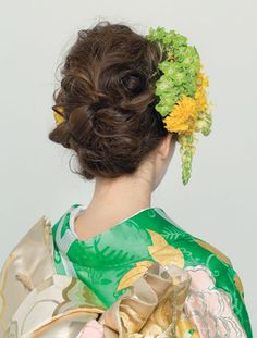 Bridal Hair Flowers, Hanfu, Japanese Hairstyles, Hair Makeup, Kimono, Elegant, Hair Styles, Note, Weddings