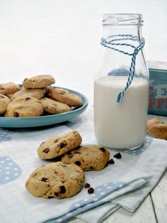 almond chocolate chips cookies.jpg