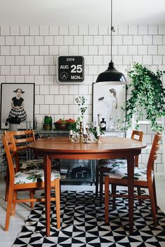 Hemma hos Emilia och Alex – med det finaste funkisköket och mysigaste vardagsrummet