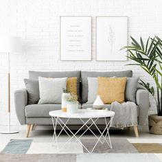 Nordic sofá / Si tienes poco espacio en tu salon pero quieres un sofá cómodo y bonito, el modelo Nordic tapizado en tela es lo que estás buscando. ¡Disfruta con él los mejores momentos de relax!  *En la imagen: sofá Nordic tapizado en tela Textura Plata. Living Pequeños, Living Room, Exterior Design, Interior And Exterior, Nordic Sofa, Sweet Home, New Homes, Room Decor, Throw Pillows