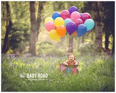 Roseburg One Year Child Portraits with Balloons