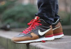Nike Internationalist Mid Escape Quickstrike post image