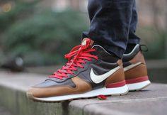 Nike Internationalist Mid Escape Quickstrike post image