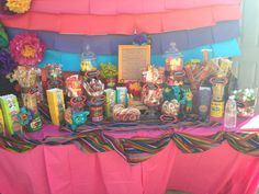 Perfect candy buffet set up! 21 Party, Candy Party, Party Time, Mexican Candy Table, Mexican Fiesta Party, Fiesta Theme Party, Mexican Birthday Parties, 30th Birthday Parties, Birthday Ideas