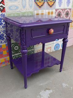 Ateliando - Customização de móveis antigos: Criados Criado Juliana restaurado e customizado pelo nosso atelier.