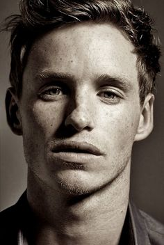 eddie redmayne [this guy looks alot like one of my workmates - it delighted me when I finally figured it out]