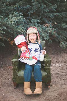 Christmas Tree Farm Photos   Morgan Winegarner Photography   Colorado Springs, CO Family Photographer #coloradophotographer #coloradospringsfamilyphotographer #treefarmphotos #treefarmminis #Christmasphotos #milkandcookies