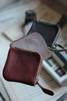 Leather Coin Purse from discoverattic.com