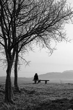 I find this image depicts the solitude that Fibromyalgia sufferers face Loneliness Photography, Alone Photography, Dark Photography, Black And White Photography, Landscape Photography, Black And White Landscape, Black And White Pictures, Solitude, Belle Photo