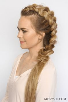 Who's ready for some easy, heatless hairstyles? Summer is officially here and it's hot out there! Put down those hot tools and give your hair a break with this mohawk dutch braid. This style is simple and quick and there are also 4 different ways to… Box Braids Hairstyles, Heatless Hairstyles, Hairstyle Braid, Heatless Curls, Medium Hair Styles, Short Hair Styles, Mohawk Braid, Braids For Short Hair, Summer Hairstyles For Medium Hair