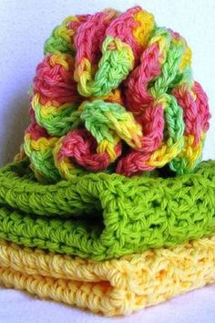 [Free Pattern] Make Your Own Crochet Bath Scrubbie And Washcloth