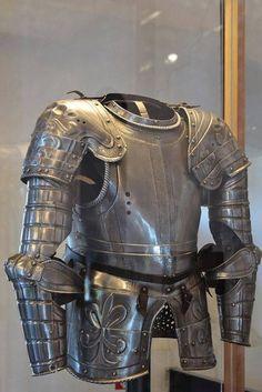 medieval armor. Ancient Army Museum Brescia (Italy). via Selke Leon FB