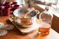 Warm Vanila Cider Recipe. Literally cannot wait for warm booze season.
