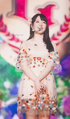 "Mrzzto_ ""season of gfriend""photobook (Scan). South Korean Girls, Korean Girl Groups, Sinb Gfriend, Kim Ye Won, G Friend, Kpop, Photo Book, Snow White, Aurora Sleeping Beauty"