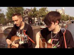The XX performing Crystalised on Amsterdam Acoustics (where bands come to Amsterdam and play an acoustic set on a bridge somewhere in the city). Very cool!