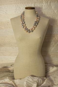 2 Collane perle coltivate grigie e bianche € 95 l'una per l'acquisto contattaci su info@petitnoir-vintage.it