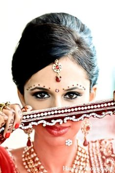 bridal,fashions,bridal,jewelry,Harvard,Photography,indian,bridal,hair,and,makeup,indian,bridal,hair,makeup,indian,bridal,makeup,indian,bride,makeup,indian,wedding,makeup,portraits www.weddingstoryz... Wedding Storyz | Indian Bride | Indian Wedding | Indian Groom | South Asian | Bridal wear | Lehenga details | Bridal Jewellery | Makeup | Hairstyling | Indian | South Asian | Mandap decor | Henna Mehendi designs